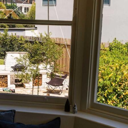 Songbird Vivenda Lounge Bay Window